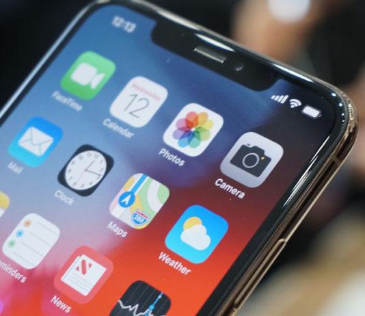 экран в iPhone XS Max