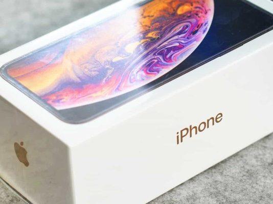 продажи iPhone XS и XS Max