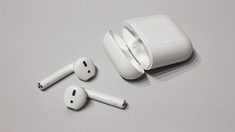 вторая осенняя презентация Apple - AirPods 2