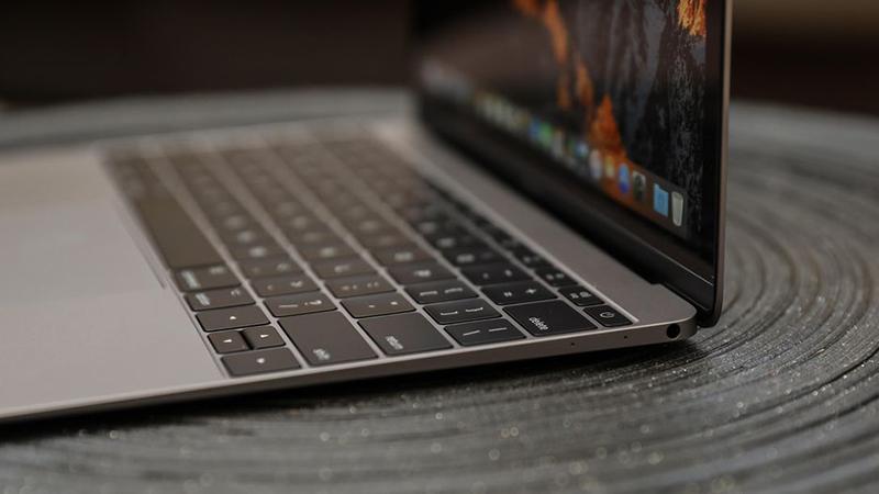 вторая осенняя презентация Apple - MacBook Pro 2018