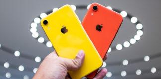 продажи iPhone XR