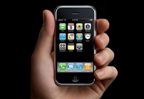 iPhone первого поколения и iPhone OS 1.0